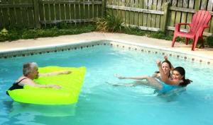 mama-pool